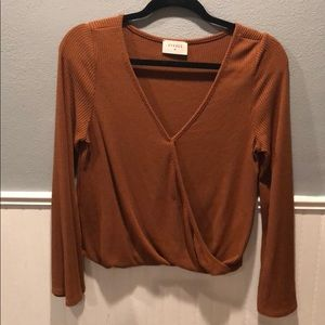 Tops - Cropped ish shirt from little boutique
